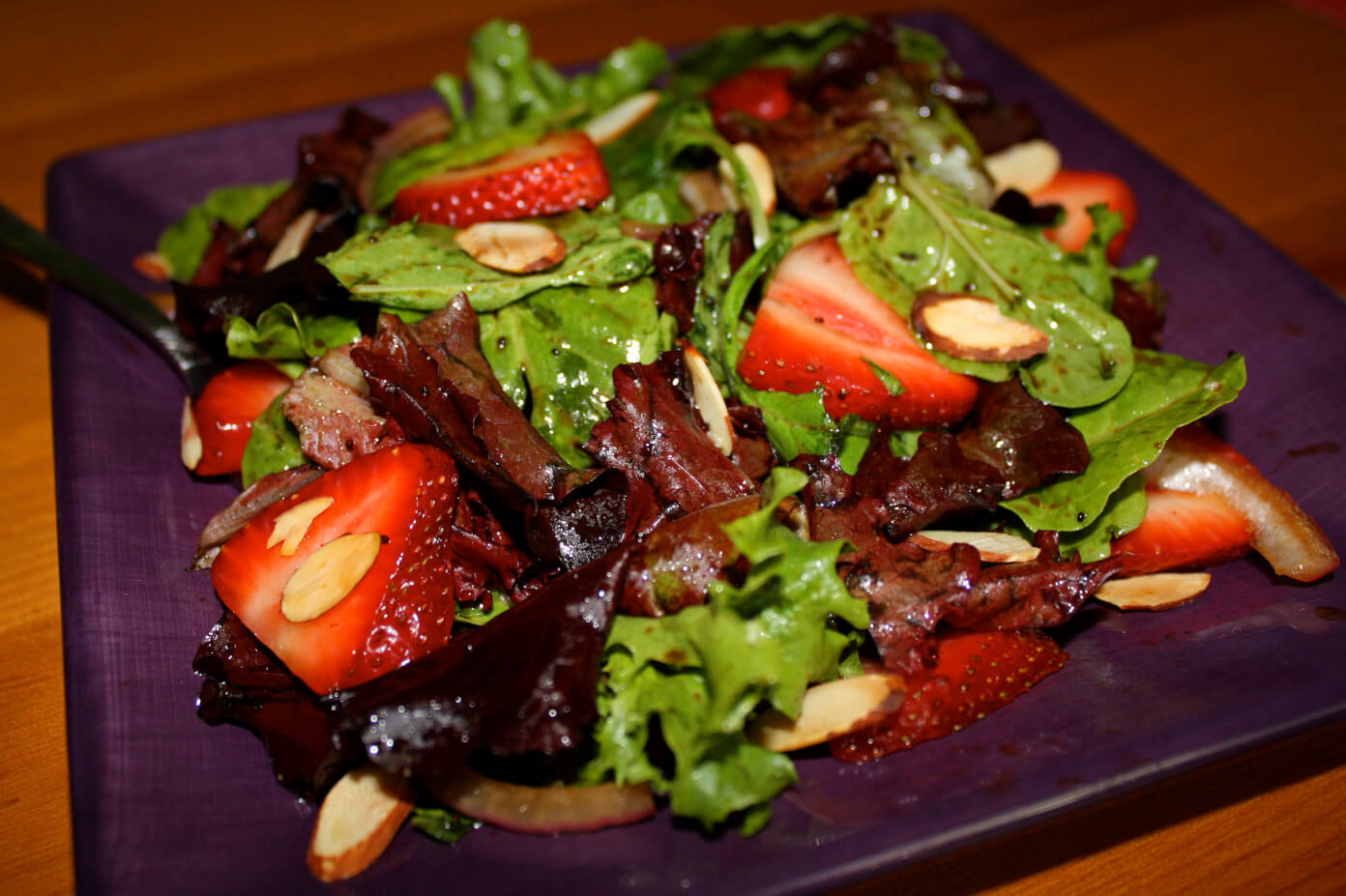 Strawberry Sesame Salad | www.gimmesomeoven.com