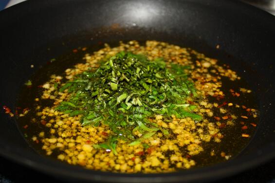 zucchini-strand-spaghetti-garlic