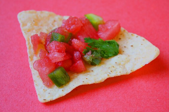 watermelon-salsa-on-chip