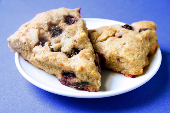 healthy-lemon-blueberry-scones