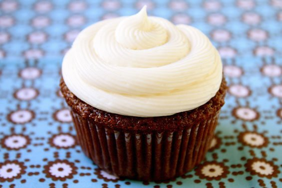 Chocolate Guinness Cupcakes {Gimme Some Oven}