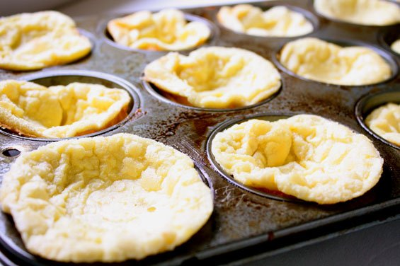 pop-up-muffins-out-of-the-oven