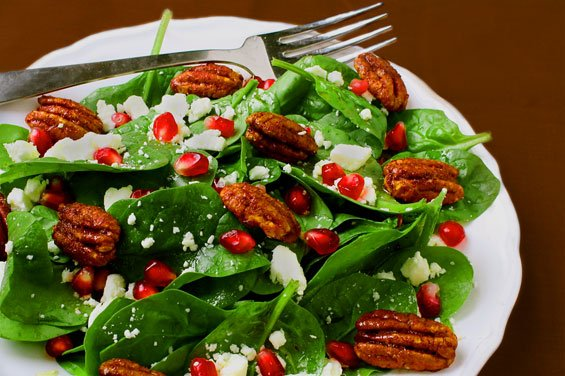 pomegranate-salad-with-honey-cider-vinaigrette
