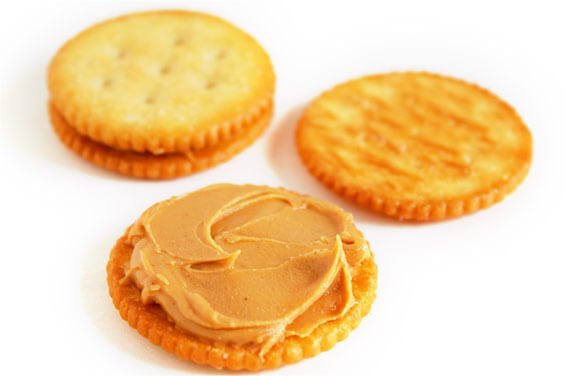 peanut-butter-ritz-sandwiches