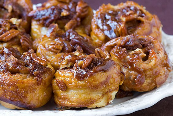 Easy Sticky Buns {Gimme Some Oven}