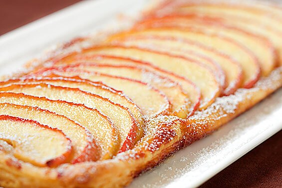 Easy Apple Tart {Gimme Some Oven}
