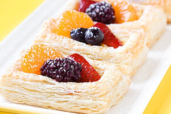 Berry & Ricotta Danishes {Gimme Some Oven}