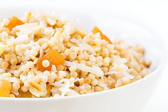 Breakfast Israeli Couscous (With Apricots, Almonds & Coconut)