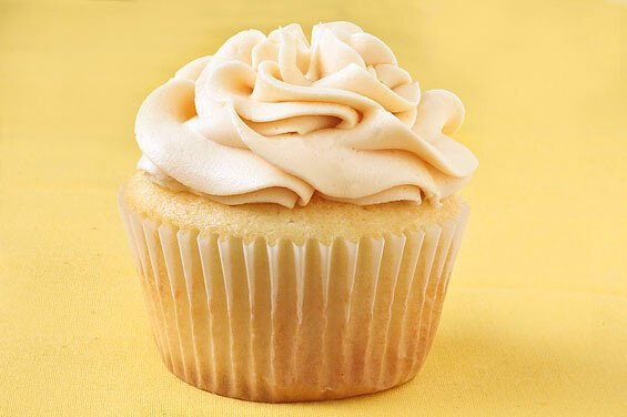 vanilla almond cupcakes w/ salted caramel buttercream recipe
