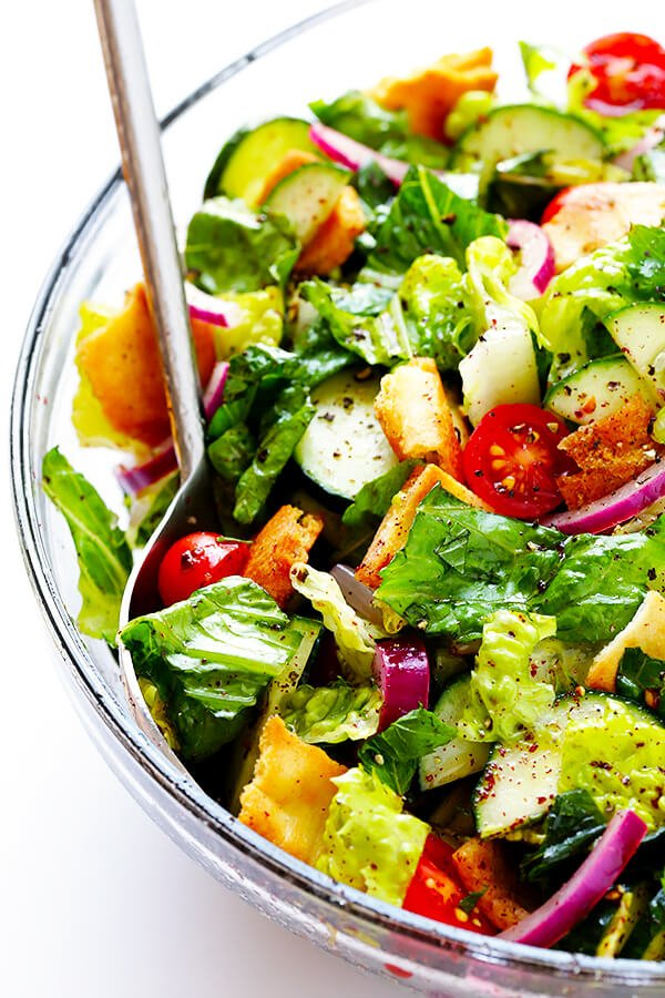 This classic Fattoush Salad recipe is quick and easy to make, and made with a zesty lemon dressing. | gimmesomeoven.com