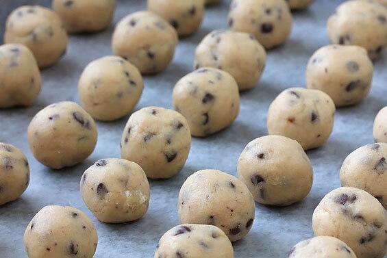 Chocolate Chip Cookie Dough Truffles | Gimme Some Oven