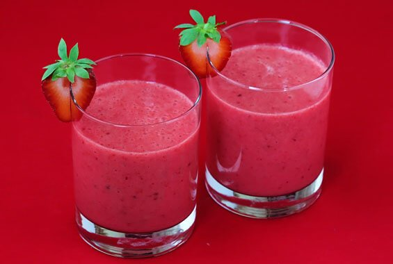 Red Smoothie (Mango & Strawberry)