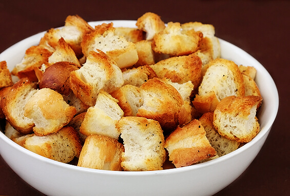 How To Make Homemade Croutons | Gimme Some Oven