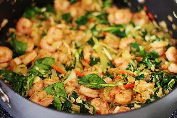 Verde Shrimp Enchiladas With Jalapeno Cream Sauce | gimmesomeoven.com