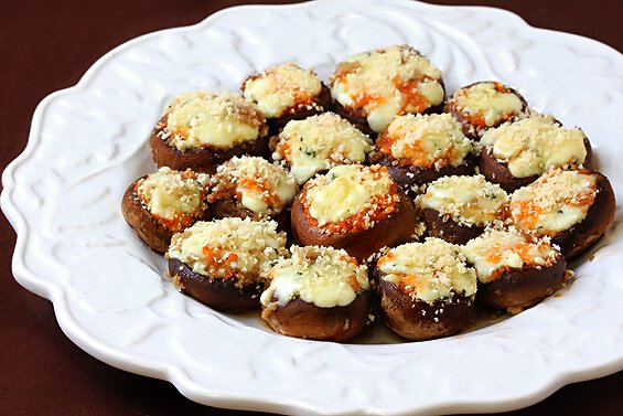 blue cheese and red pesto stuffed mushrooms