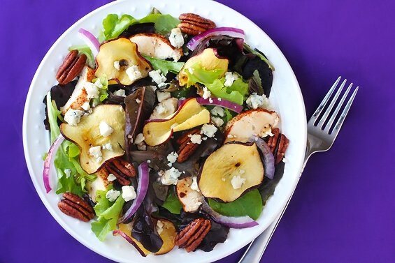 Fuji Apple Chicken Salad (Panera Bread Copycat) | gimmesomeoven.com #fall #recipe