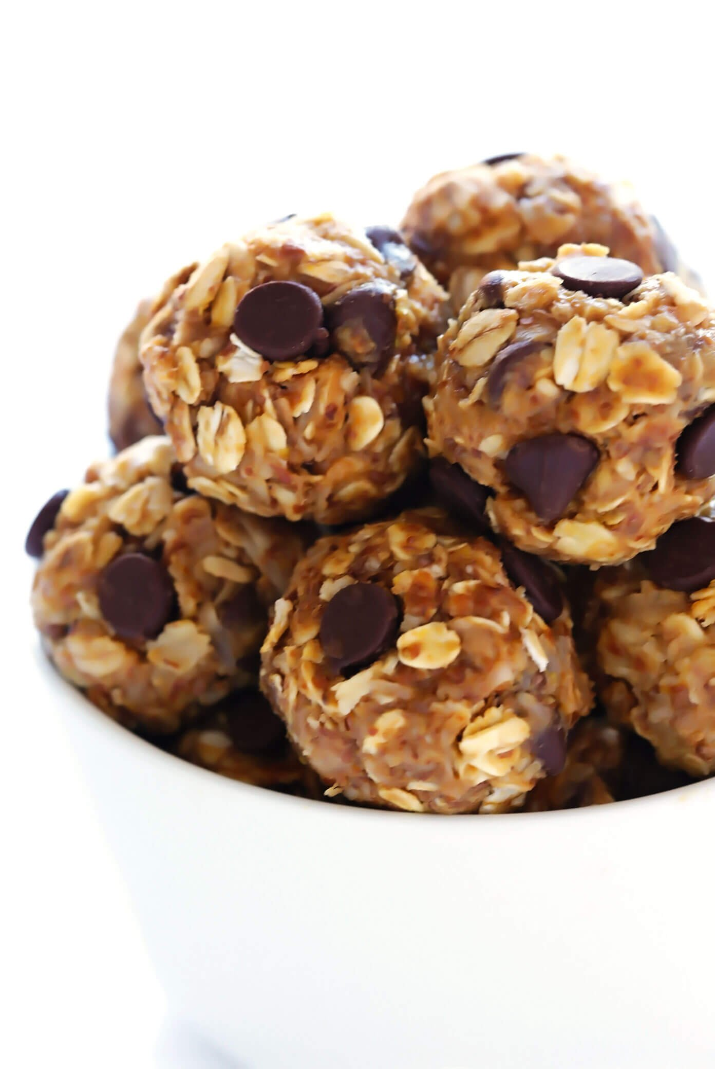 Easy No Bake Energy Bites Recipe