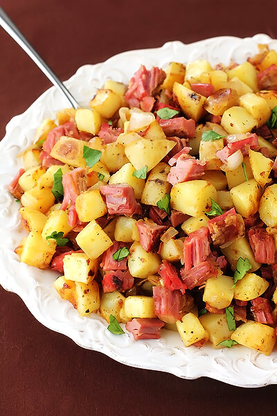 Corned Beef Hash | gimmesomeoven.com