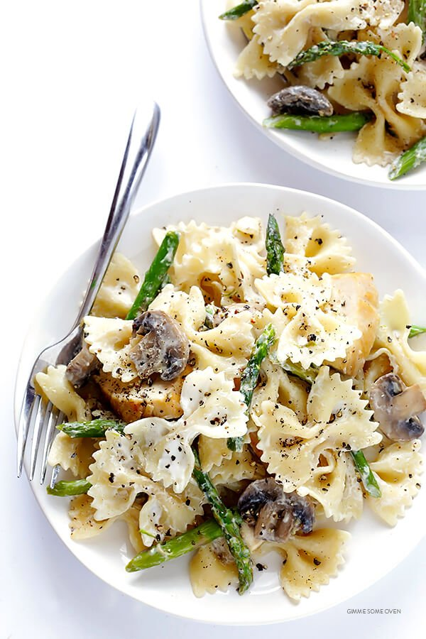 Pasta with Chicken, Asparagus & Goat Cheese 4