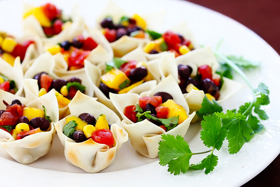 Black Bean & Mango Salsa Cups