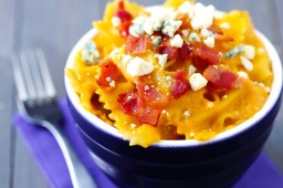 Butternut Squash, Bacon & Blue Cheese Macaroni & Cheese {Gimme Some Oven}