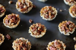 easy mini pecan tarts {Gimme Some Oven}