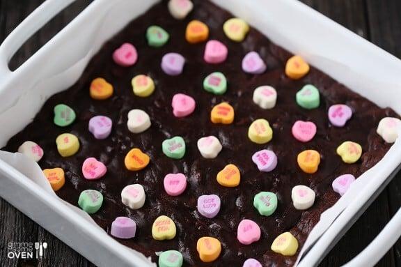 Conversation Heart Brownies | gimmesomeoven.com