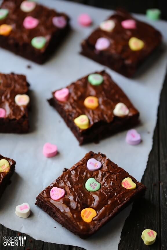 Conversation Heart Brownies | gimmesomeoven.com