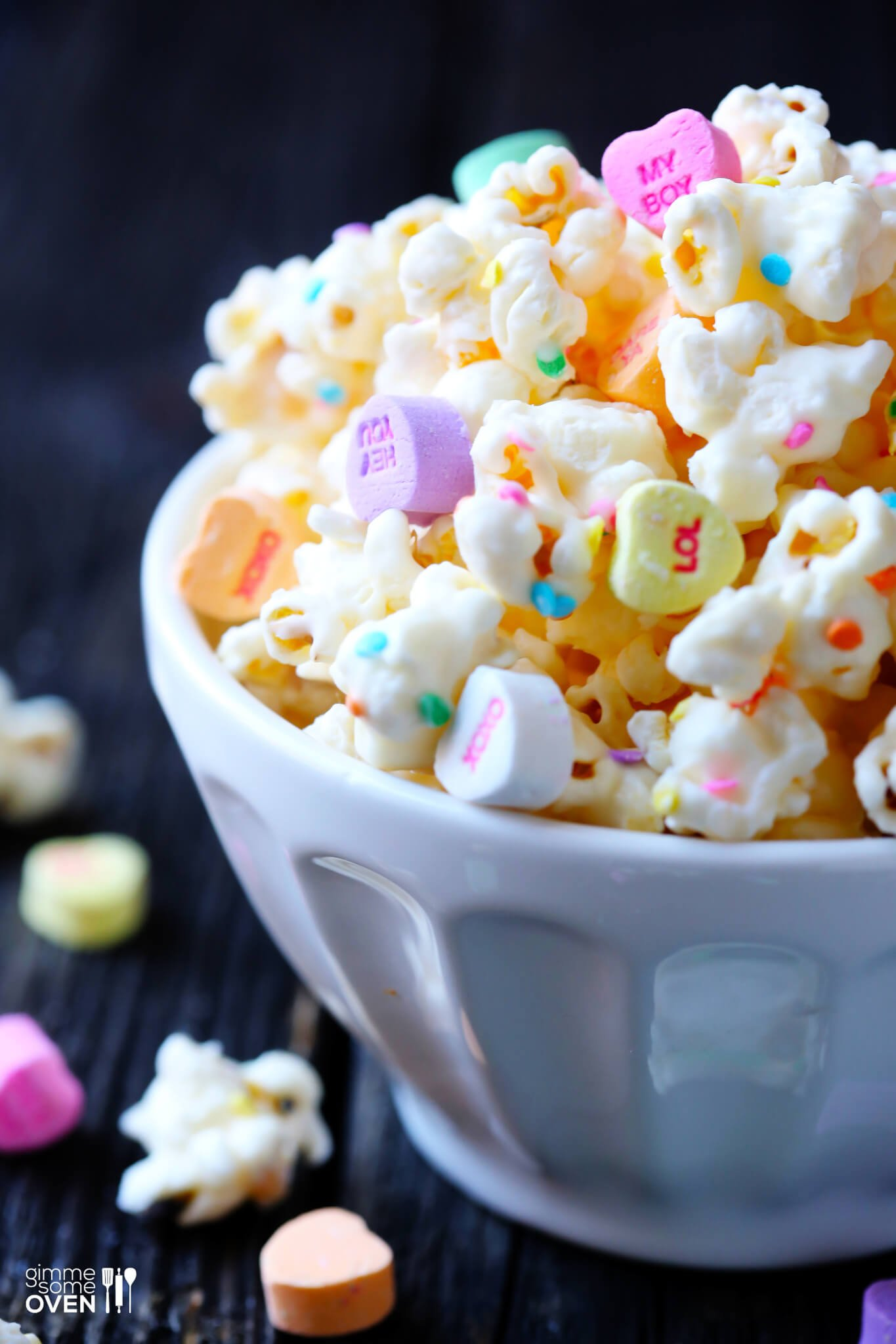 Valentine's Popcorn (White Chocolate Popcorn) | Gimme Some Oven