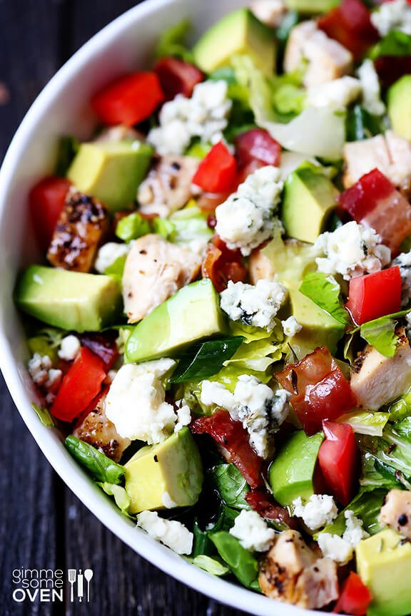 This Chicken, Bacon and Avocado Chopped salad is easy to make, and topped with a yummy red wine vinaigrette. | gimmesomeoven.com