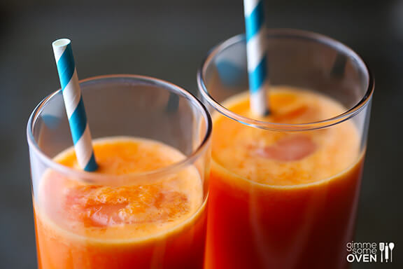 Orange Carrot Ginger Juice | gimmesomeoven.com