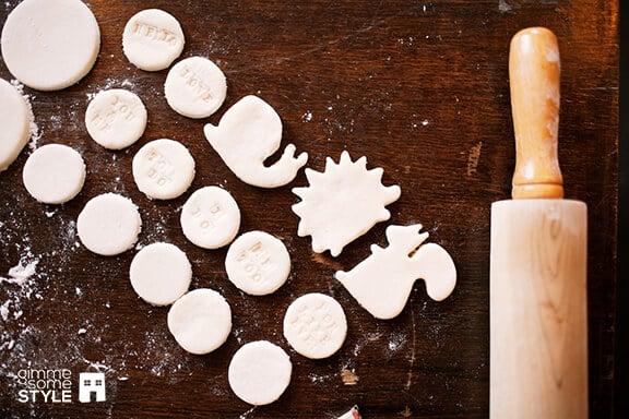 Salt Dough Magnets | gimmesomestyleblog.com