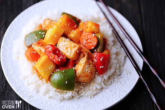 Healthier Sweet and Sour Chicken | gimmesomeoven.com