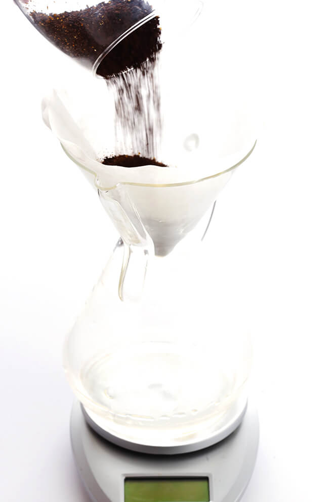 How To Make Pour-Over Coffee -- a step-by-step easy tutorial for how to make just the right brew! | gimmesomeoven.com