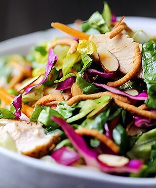Lighter Chinese Chicken Salad | gimmesomeoven.com