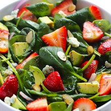 Avocado Strawberry Spinach Salad with Poppyseed Dressing | gimmesomeoven.com