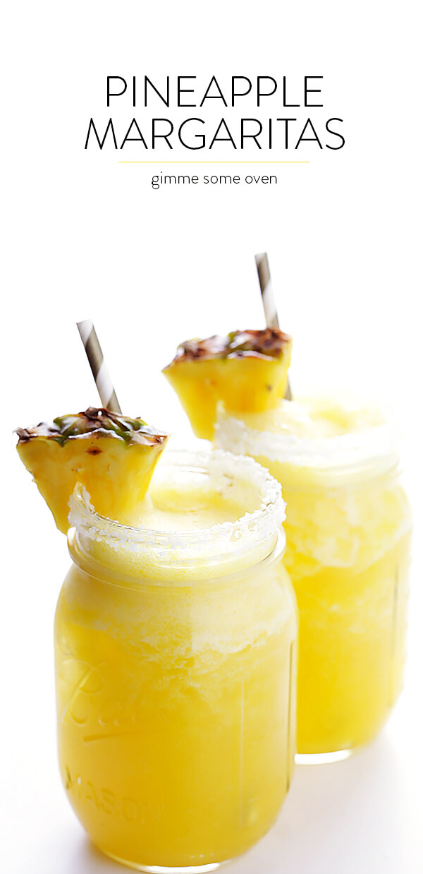 Fresh Pineapple Margaritas -- quick and easy to make, and so refreshing! | gimmesomeoven.com