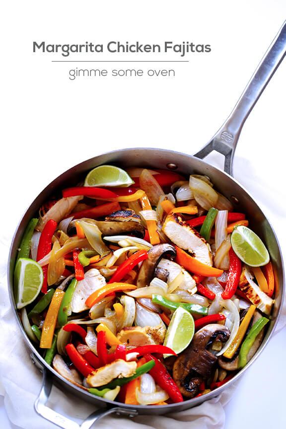Margarita Chicken Fajitas + Calphalon #Giveaway | gimmesomeoven.com