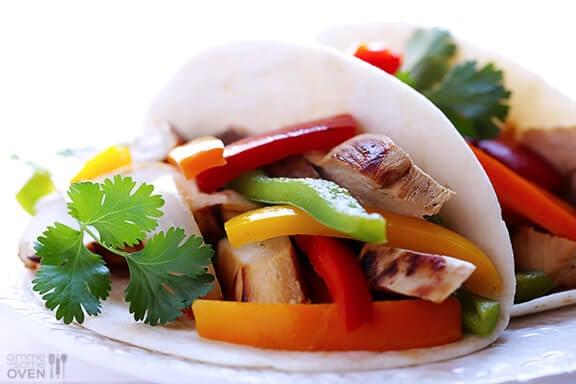 Margarita Chicken Fajitas | gimmesomeoven.com