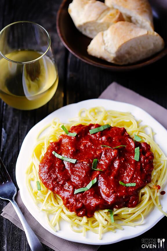 Pasta with Dark Chocolate Marinara Sauce   gimmesomeoven.com