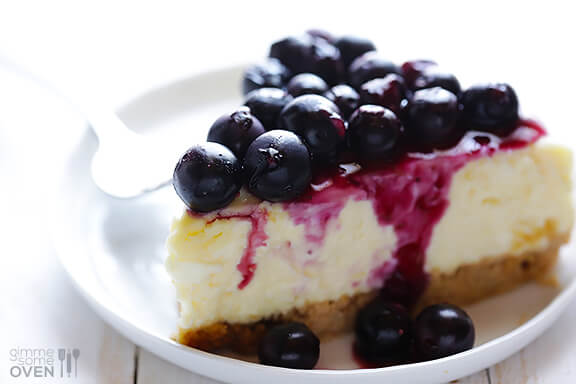 Lighter Blueberry Cheesecake Recipe | gimmesomeoven.com #dessert #cheesecake #recipe