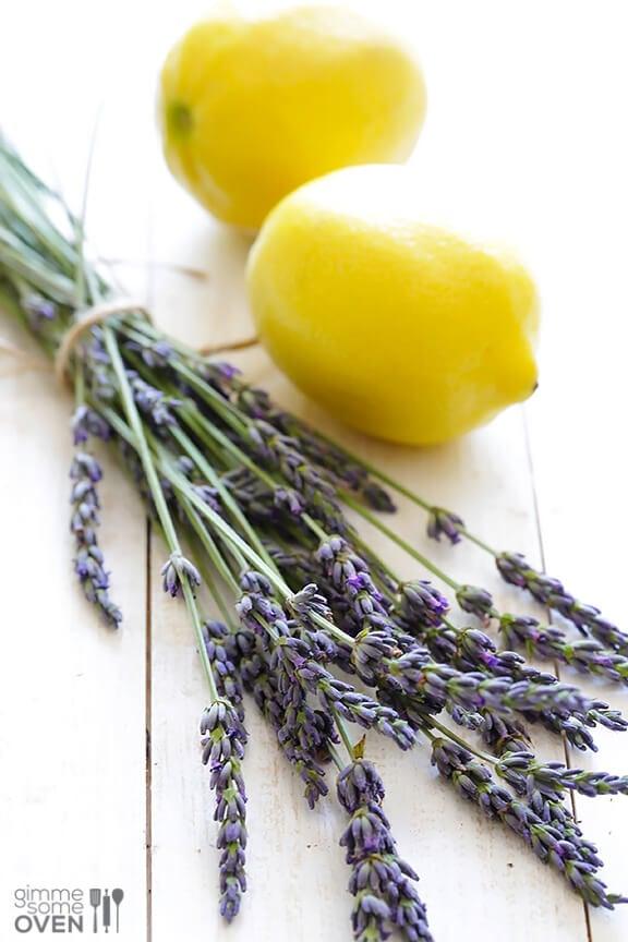 Sparkling Lavender Lemonade Recipe | gimmesomeoven.com