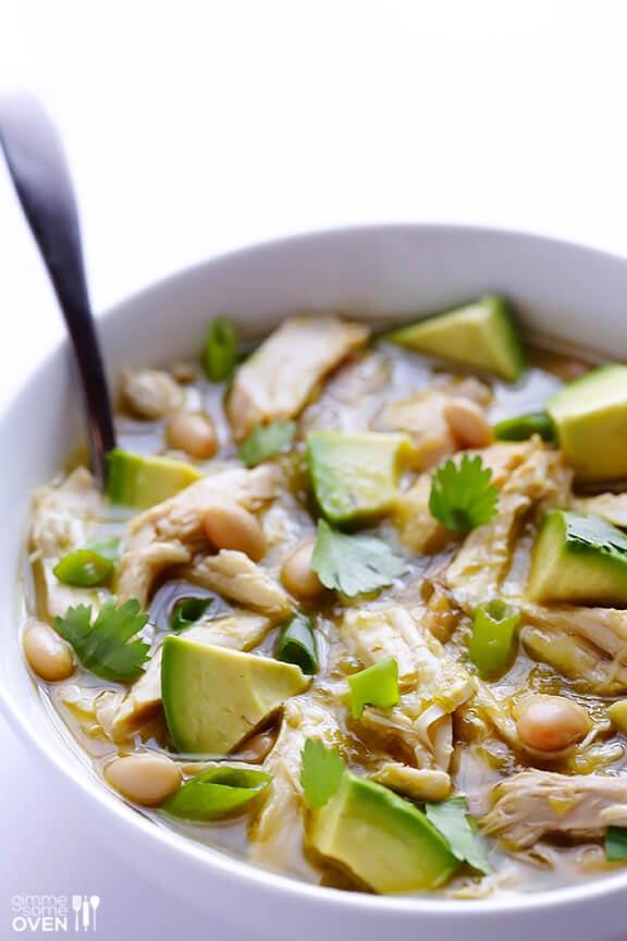 5 Ingredient Green Chicken Chili | gimmesomeoven.com