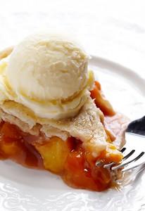 Peach Bourbon Pie Recipe | Gimme Some Oven