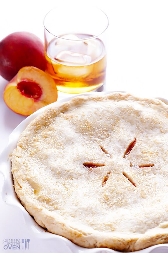Peach Bourbon Pie Recipe | gimmesomeoven.com