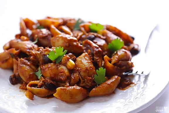 Chicken Enchilada Pasta Bake | gimmesomeoven.com