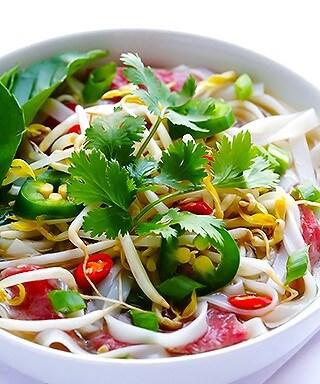 How To Make Pho Soup | gimmesomeoven.com