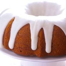 Pumpkin Bundt Cake | gimmesomeoven.com