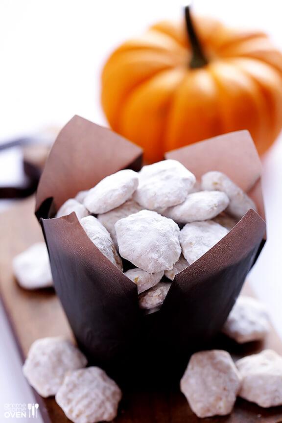 Pumpkin Spice Puppy Chow Recipe | gimmesomeoven.com