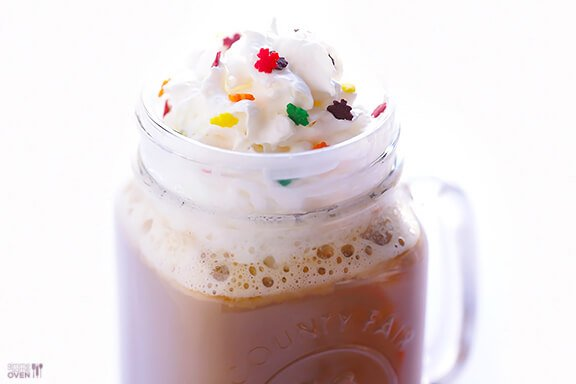 Maple Latte Recipe | gimmesomeoven.com